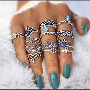 Vintage Style Ring Set